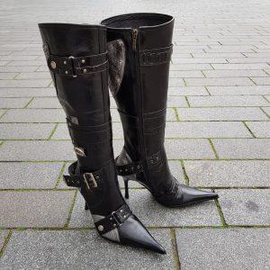 Echt leren laarzen El Dantes met spitse neus en naaldhakken | Silhouette