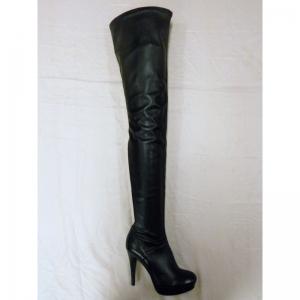 Extra lange over de knie laarzen in zwart leer met ronde neus en naaldhak