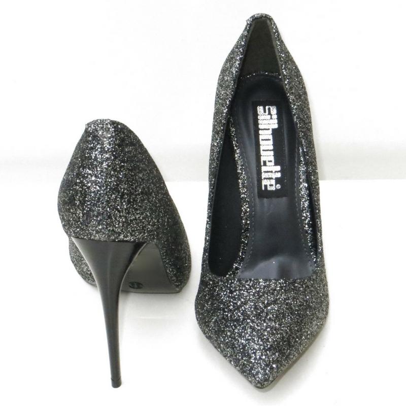 Louboutin Pigalle Follies lookalike in zwart met naaldhak
