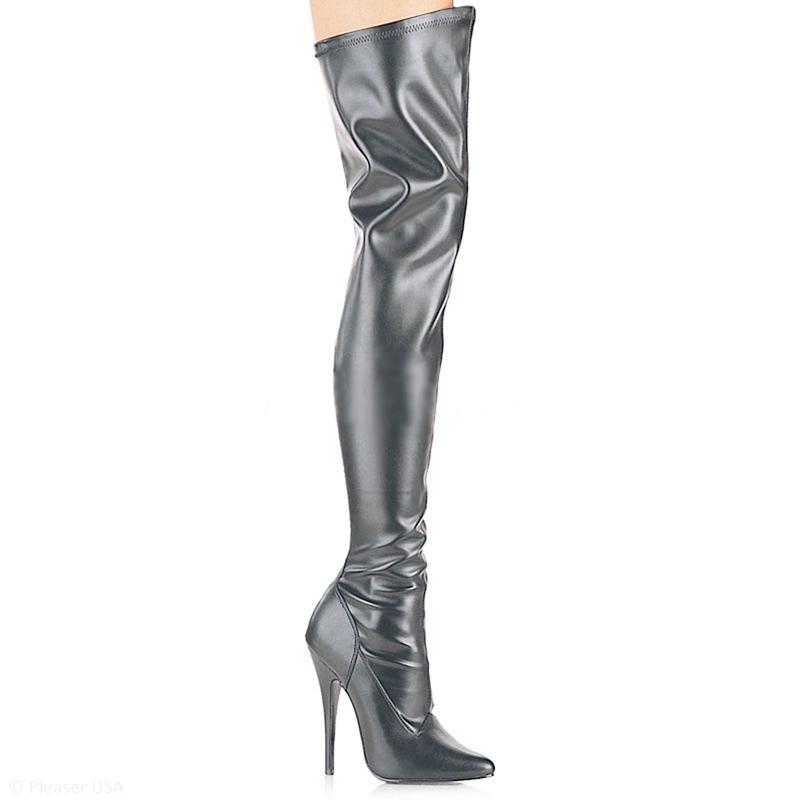 Stretch overknee laarzen in zwart lederlook met semi spitse neus en naaldhak