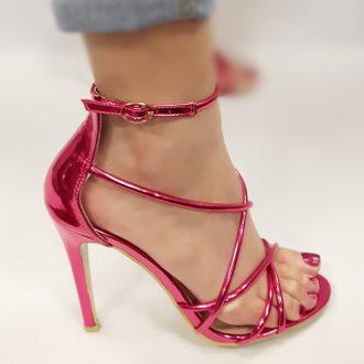 Fuchsia roze metallic open schoenen met naaldhakken en bandjes