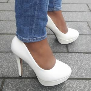Witte hoge pumps met ronde neus | Witte hoge hakken | Witte stiletto hak