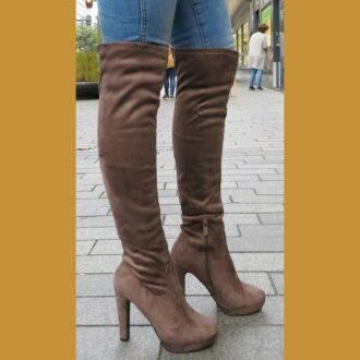 Bruine stretch laarzen boven de knie met ronde neus | SILHOUETTE