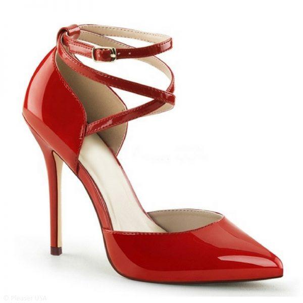 Spitse rode lak pumps met hoge rechte naaldhakken en bandjes