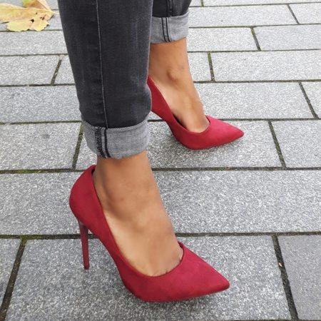 Bordeaux rode pumps met puntneus en hoge stiletto hak | Hoge Hakken