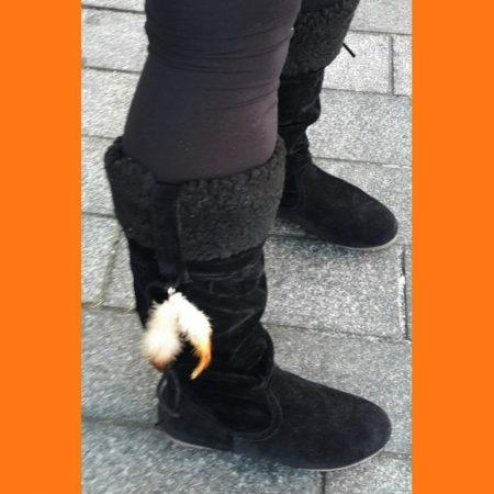 Zwarte platte bontlaarzen type indianenlaarsjes | Zwarte platte laarzen