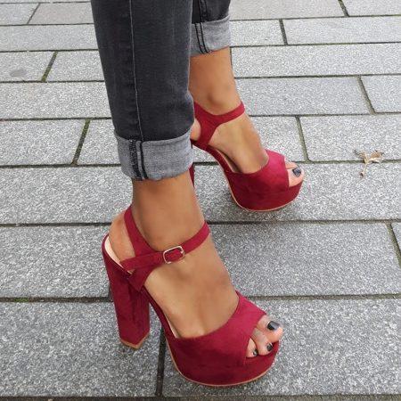 Bordeaux rode sandaal met blokhak, open teen en plateauzool | Silhouette