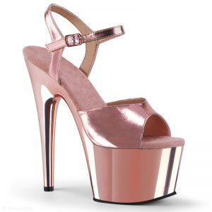 Rosé danshakken met metallic plateau en hoge naaldhakken