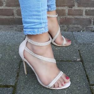 Strass sandalen met hakken in beige suède look | Beige sandalen met hoge hak