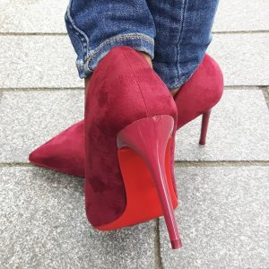 Spitse bordeaux rode pumps met naaldhakken | Wijnrode hoge hakken