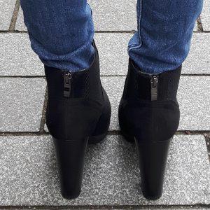 Chelsea boots suede look met hak en profielzool | Chelsea boots met hak