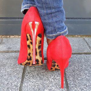 Rode stiletto hakken met panterprint | Rode hakken met panterprint zool