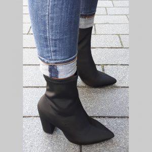 Korte zwarte stretchlaarsjes | Zwarte laarsjes elastiek | Soklaarsjes