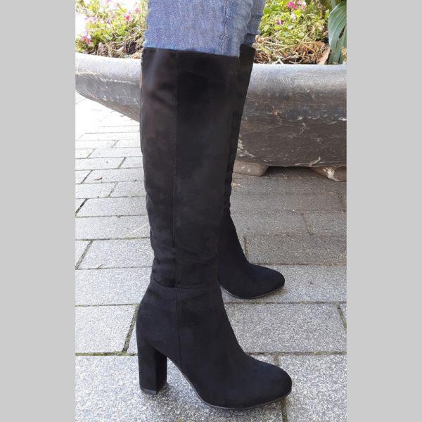 Knie laarzen voor dikke kuiten in zwart | Dikke kuiten laarzen Rotterdam