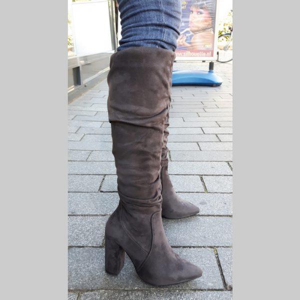 Hoge grijze laarzen met blokhak | Grijze laarzen hoge hak | Silhouette
