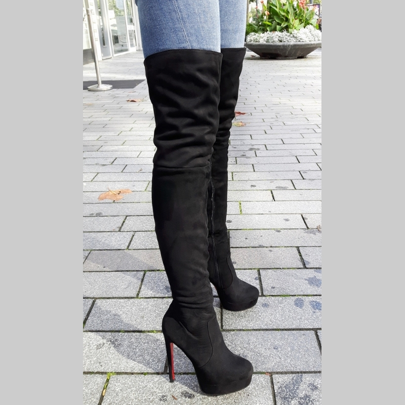 Zwarte overknee laarzen met rode zool en naaldhakken | SILHOUETTE