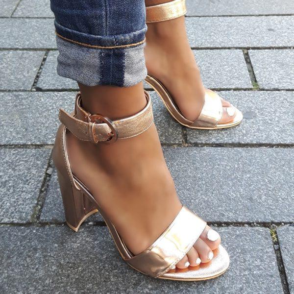 Rosegold sandalen met blokhakken | Rose gouden sandalen met hak