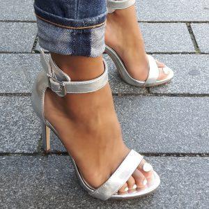 Zilveren sandalen hoge hak | Zilveren hakken met bandje | Hakken in zilver