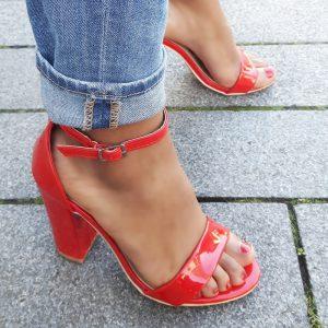 Rode sandalen met hoge hak en smal enkelbandje | Silhouette