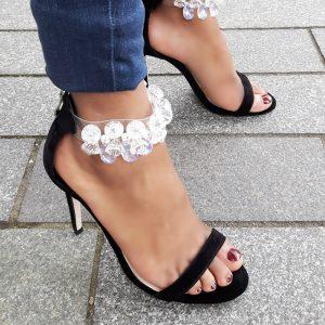 Zwarte hoge hakken met grote stenen en naaldhakken | Party Heels