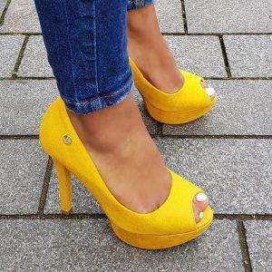 Peeptoe pumps in geel met naaldhak en plateau | Peep toe heels yellow