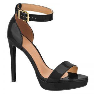 Zwarte lak sandalen met naaldhak en bandje over de voet   Silhouette