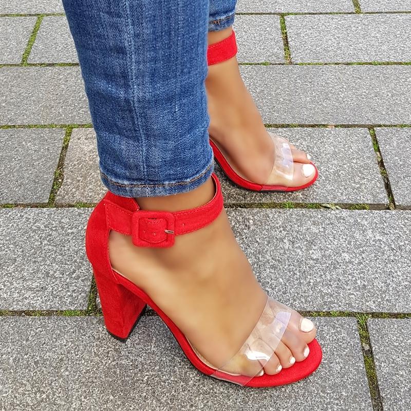 Rode blokhakken met doorzichtig bandje over de tenen | Silhouette
