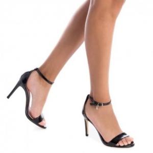 Zwarte sandaal met hoge hak en smalle bandjes | XTI zwarte sandaal hak
