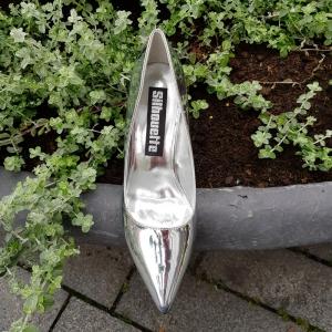Zilveren metallic pumps met naaldhak | Metallic heels silver | Silhouette | Zilver metallic naaldhak