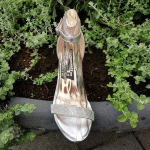 Zilveren sandaal steentjes en naaldhak | Gala sandaal zilver met strass