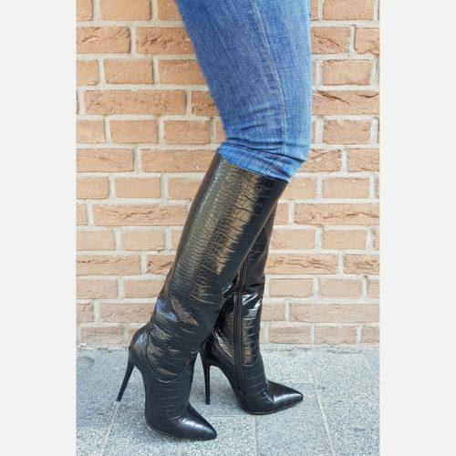 Zwarte knielaarzen met hoge naaldhak en kroko print | Laarzen tot de knie