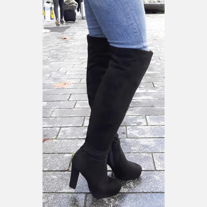 Grijze overknee laarzen met blokhak   Grijze overkneelaarzen