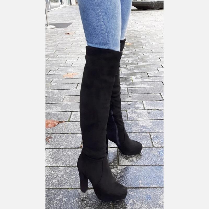 Zwarte overknee laarzen met blokhak   Stretch overknees dikke kuiten
