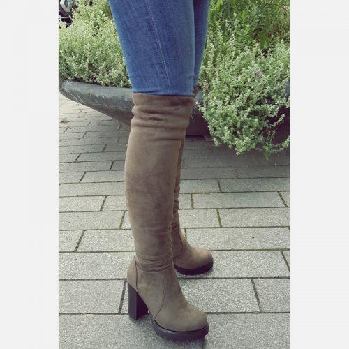 Kaki groene overknee laarzen met blokhak | Overkneelaarzen met hak kakigroen | Groene laarzen dunne benen | Groene stretch overknees dikke benen