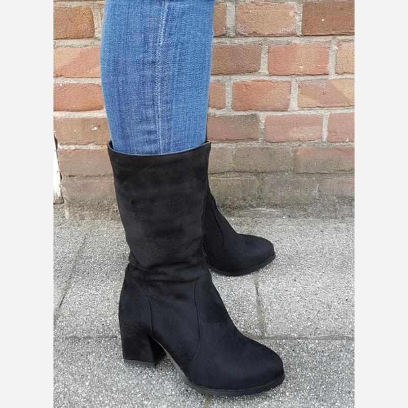 Zwarte driekwart laarzen in kleine maten met blokhak | Silhouette
