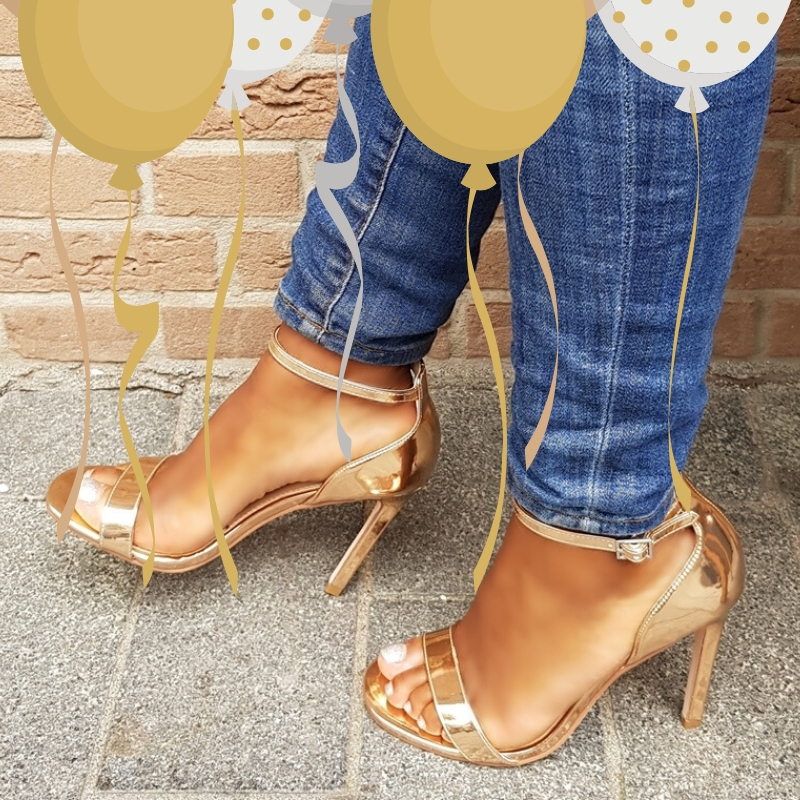 Champagne kleurige strappy sandals
