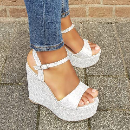 Zilveren sleehakken met glitters | Zilveren sandalen met sleehak