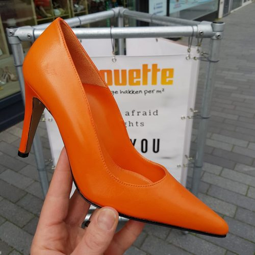Goedkope oranje pumps maat 35 en 41 | Oranje pumps met hoge hak.