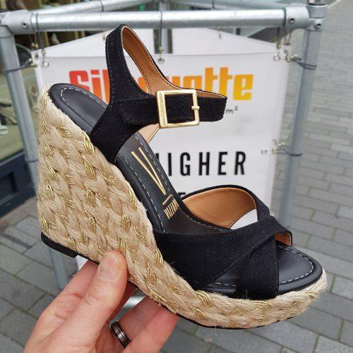 Sleehak sandalen in zwart met touwzool | Zwarte hoge sleehakken