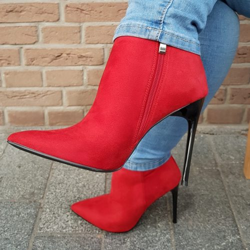 Rode laarsjes met hoge hak | Spitse rode enkellaars met naaldhak