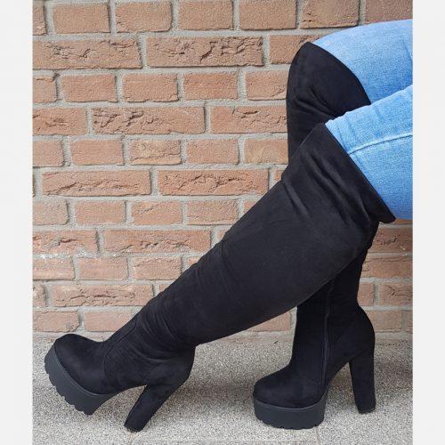 Overknee laarzen met hoge blokhak in zwart | Overknee laarzen met hoge blokhak en profielzool
