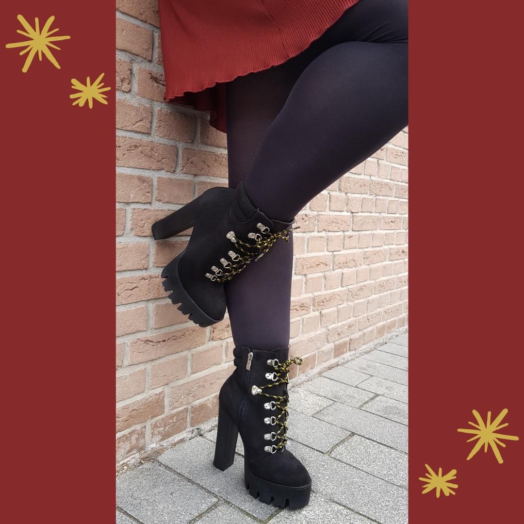 2325-10-030 - lookalike timberland boots