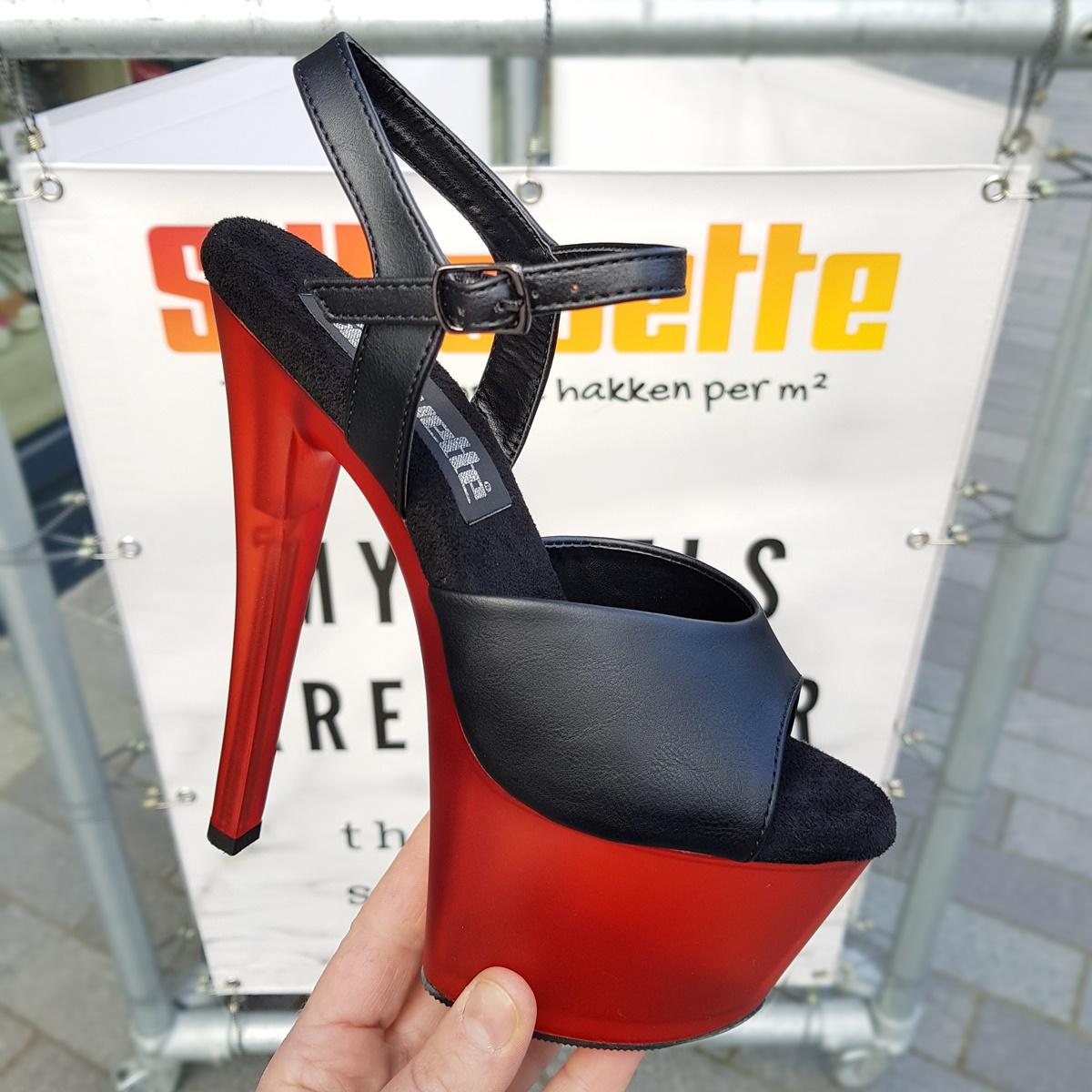 Matte zwarte danshakken met rode 'smoke tinted' zool en hak Zwarte hoge hakken met rode zool en hak