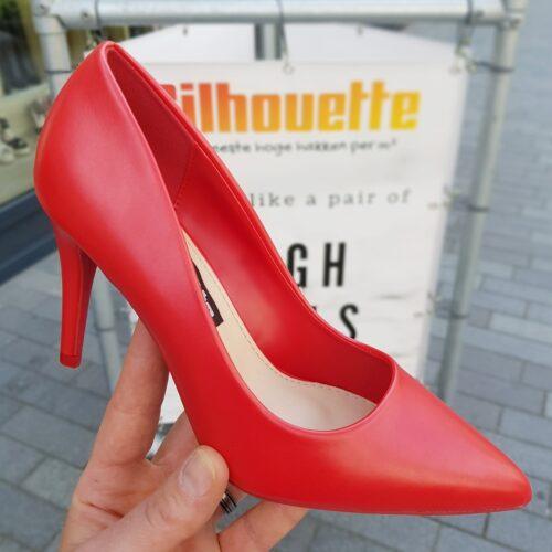 Rode pumps met 9 cm hoge hak en spitse neus | Pumps in rood eco leer met hak en puntneus