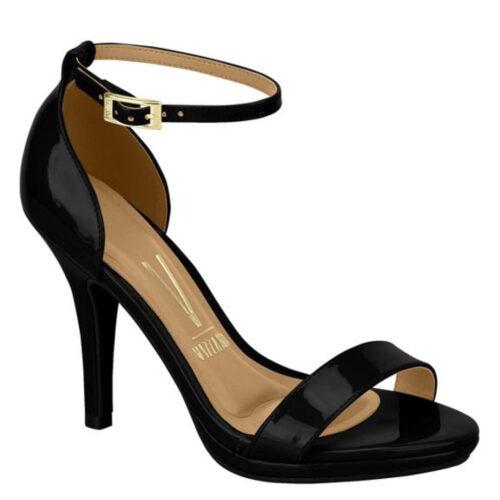 Zwarte comfortabele sandaal met naaldhak in lak | Zwart lak Vizzano-sandaaltjes met naaldhak en plateautje