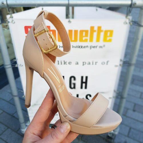 Beige sandalen met hak en enkelbandje | Vizzano Naturelkleurige hoge hakken met open teen